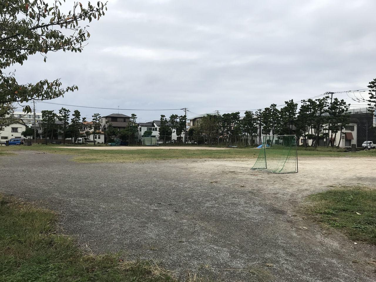 行徳中央公園のサッカー場