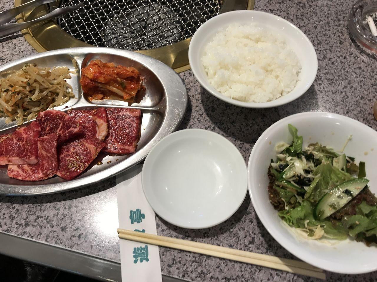 行徳の悠々亭の焼肉定食