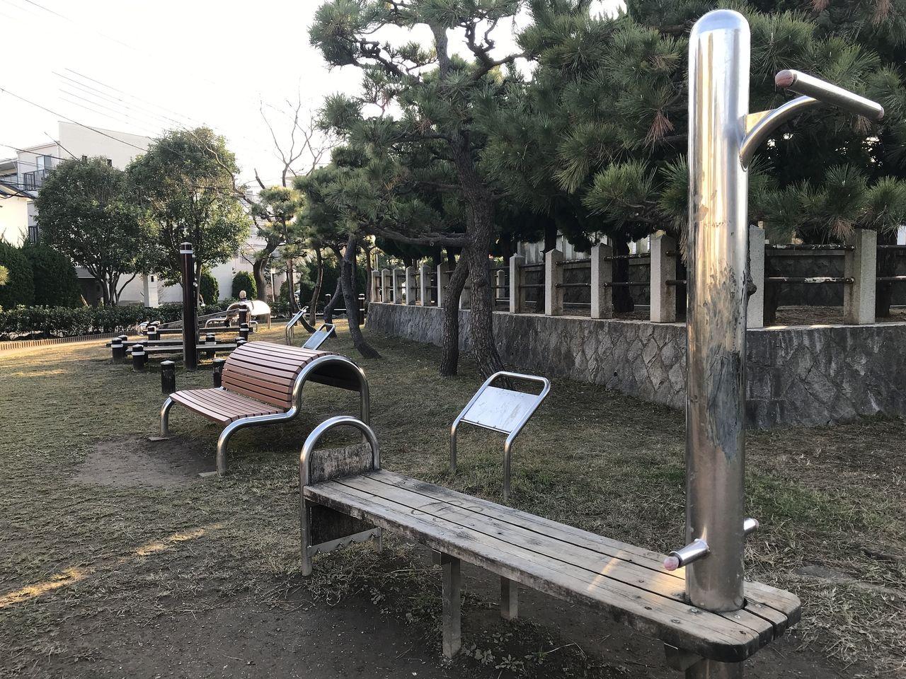 南行徳公園のアスレチック遊具