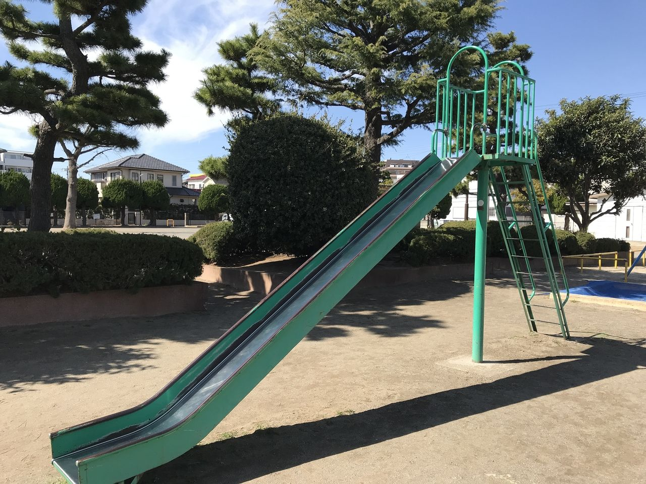 南行徳の相之川公園のすべり台