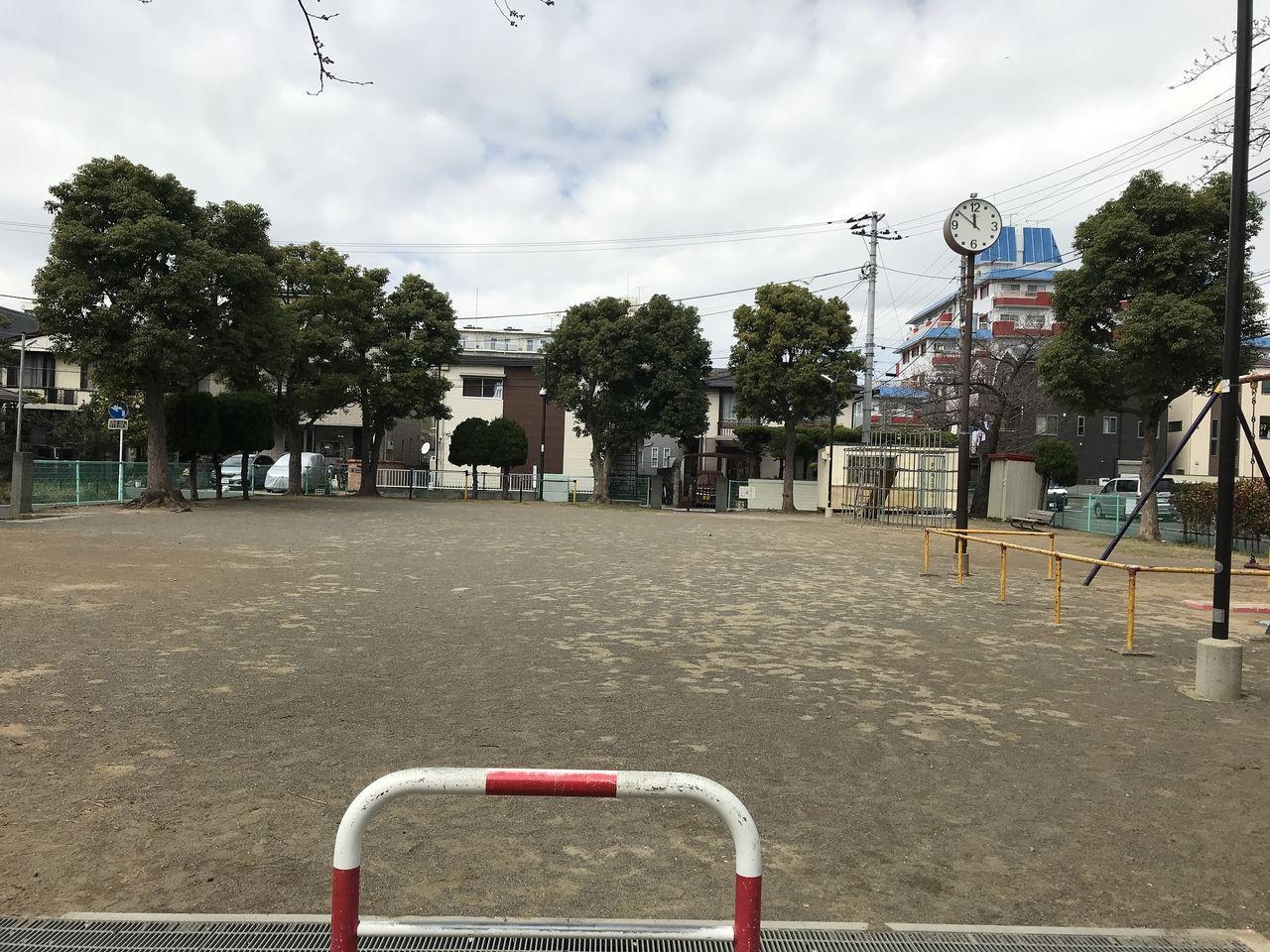 南行徳の湊新田公園の全体