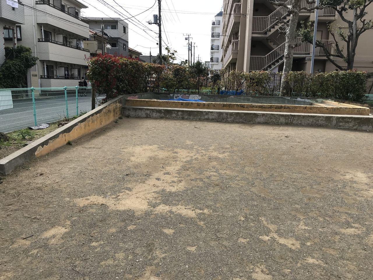 南行徳の湊新田公園の坂