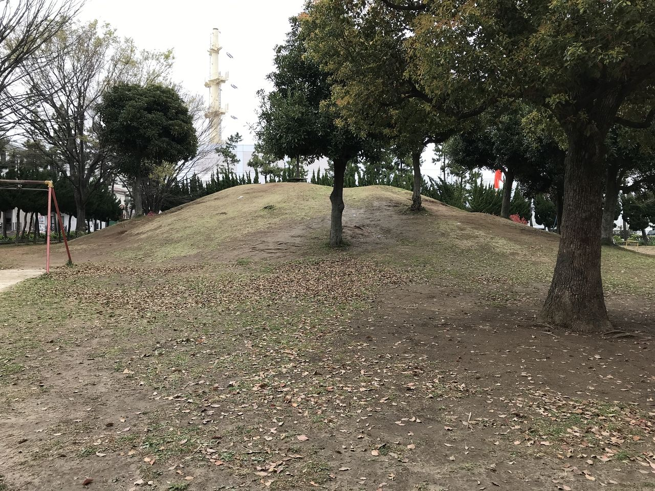 南行徳の東海面公園の築山