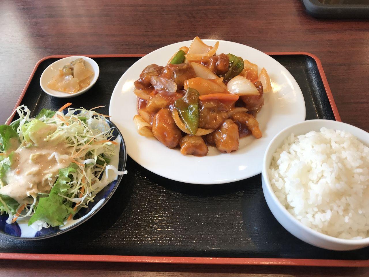 行徳のハルビン餃子の酢豚定食