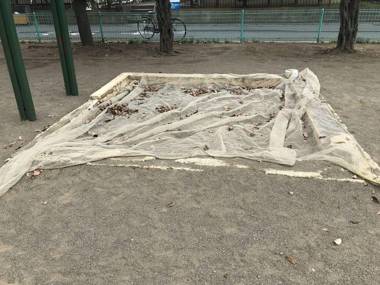 妙典の元新田公園の砂場